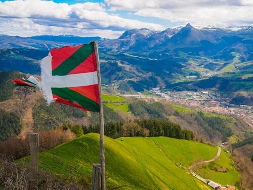 Baskische vlag